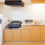 整頓されたマンションのキッチン
